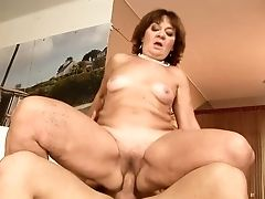 Matures Marsha Pearls Can't Stop Sucking In Crazy Oral Act With Hard Dicked Bang Friend