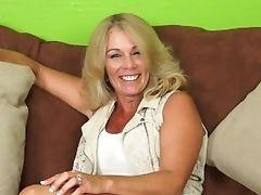 Crystal Taylor Fake Penises Older Fuckbox