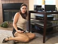 Tied Up Boobalicious Chick Is Servant And Ready To Fuck Dirty